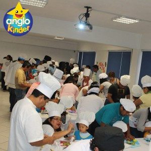 Chef por un día: Creatividad en Anglokinder - Colegio Anglo Mexicano de Coatzacoalcos Jardín de Niños - Preescolar - Chef por un día 11
